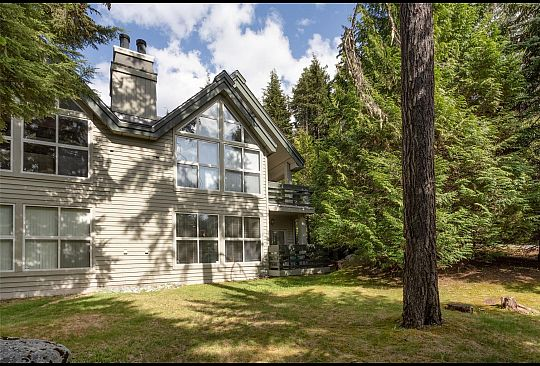 #19-4645 Blackcomb Way