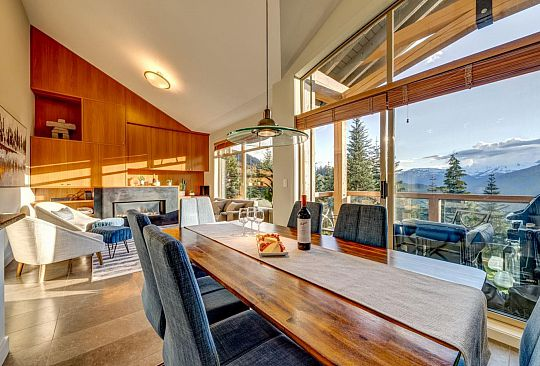 20 2301 TALUSWOOD LANE Whistler BC Canada