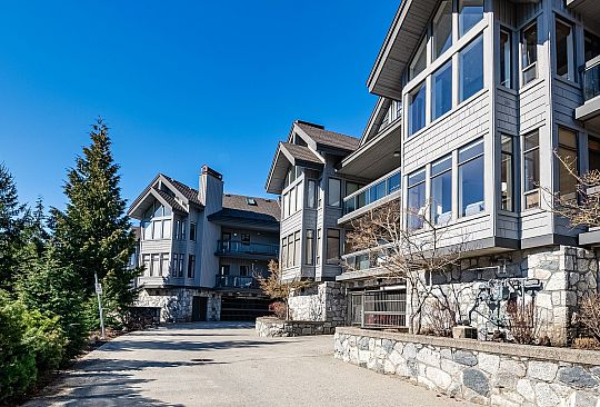 203 3212 BLUEBERRY DRIVE Whistler BC Canada