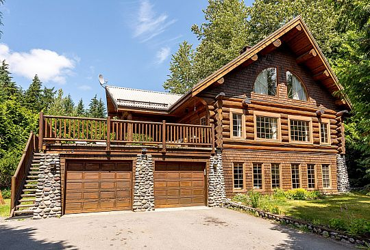 2114 Helm Place Whistler BC Canada
