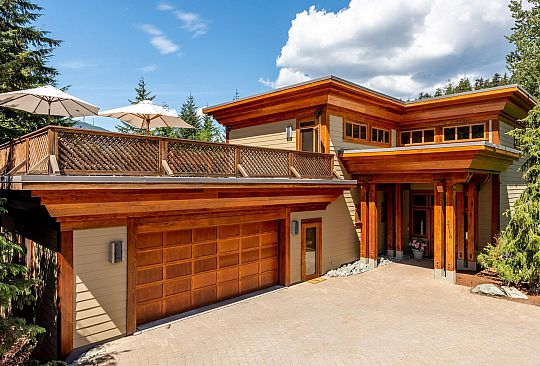 2116 NORDIC DRIVE Whistler BC Canada