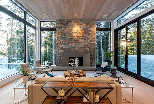 2934 HERITAGE PEAKS TRAIL Whistler BC Canada