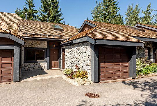 3-6101 Eagle Drive Whistler BC Canada