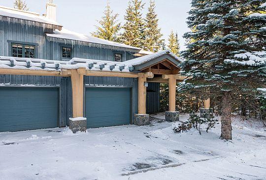 31-2250 Nordic Drive Whistler BC Canada