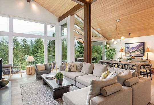 3355 OSPREY PLACE Whistler BC Canada