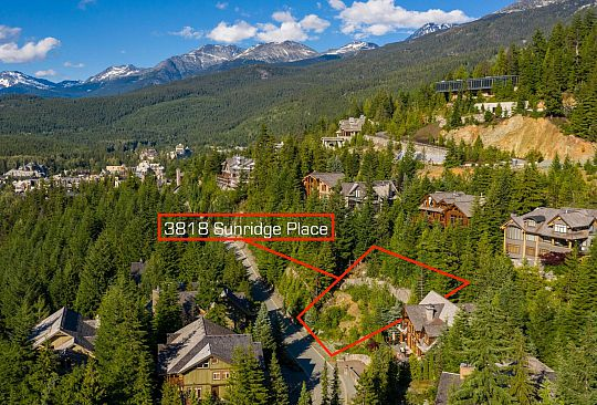 3818 SUNRIDGE PLACE Whistler BC Canada