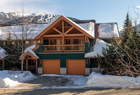 4712 Settebello Drive Whistler BC Canada