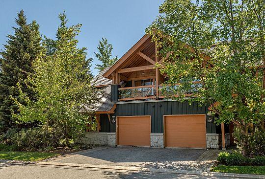4736 Settebello Drive Whistler BC Canada