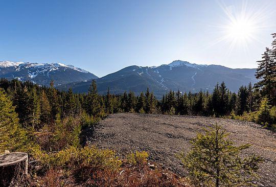 5480 Stonebridge Place Whistler BC Canada