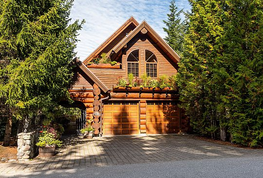 6212 Oboe Place Whistler BC Canada