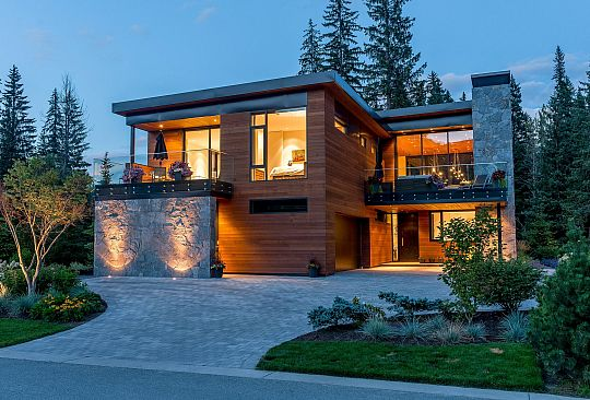 8059 Cypress Place Whistler BC Canada