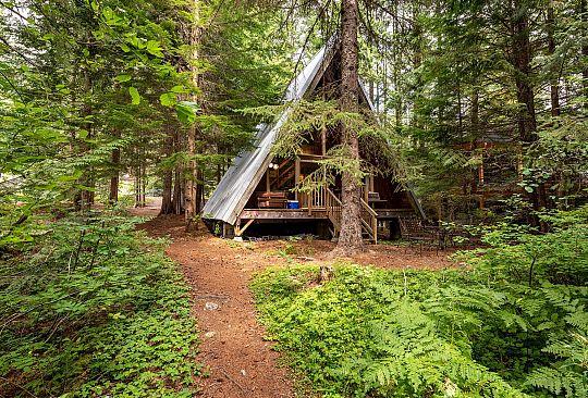 8362 Rainbow Drive Whistler BC Canada