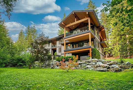 8644 Forest Ridge Drive Whistler BC Canada