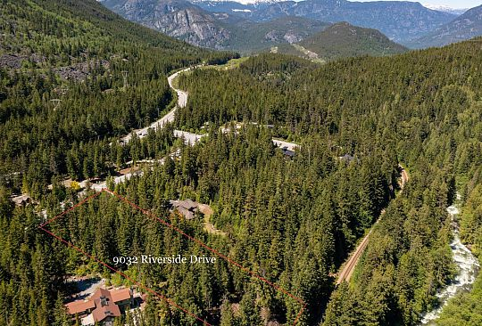 9032 RIVERSIDE DRIVE Whistler BC Canada