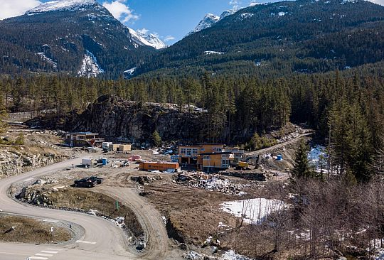 9145 WEDGE CREEK RISE Whistler BC Canada