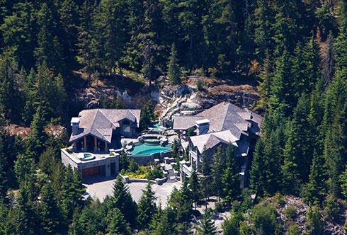 7473-7469 Treetop Lane Whistler BC Canada