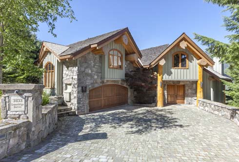 3832 Sunridge Drive Whistler BC Canada