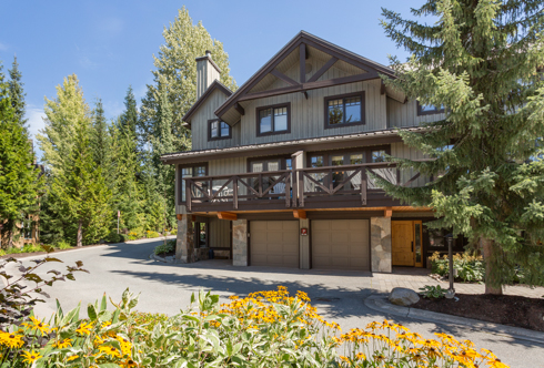 2-4873 Painted Cliff Road Whistler BC