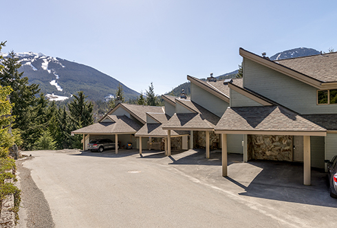 18-6127 Eagle Ridge Crescent Whistler BC Canada
