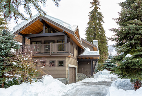 8150 Muirfield Crescent Whistler BC Canada