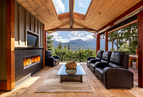 8372 Mountain View Drive Whistler BC Canada