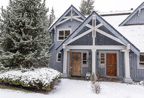 32-4661 Blackcomb Way Whistler BC Canada