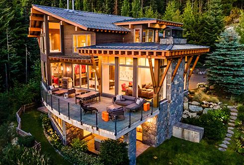2913 Kadenwood Drive Whistler BC Canada
