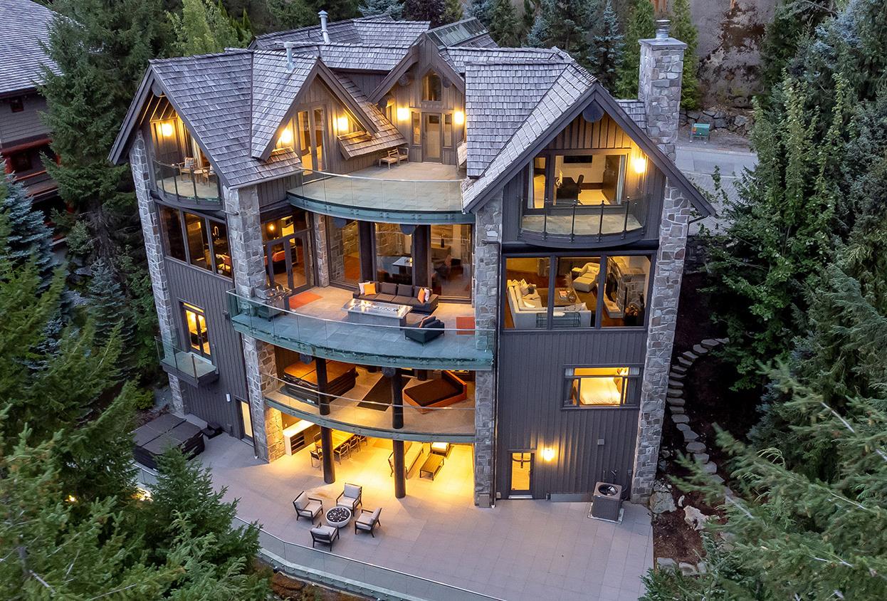 3828 Sunridge Drive Whistler BC Canada
